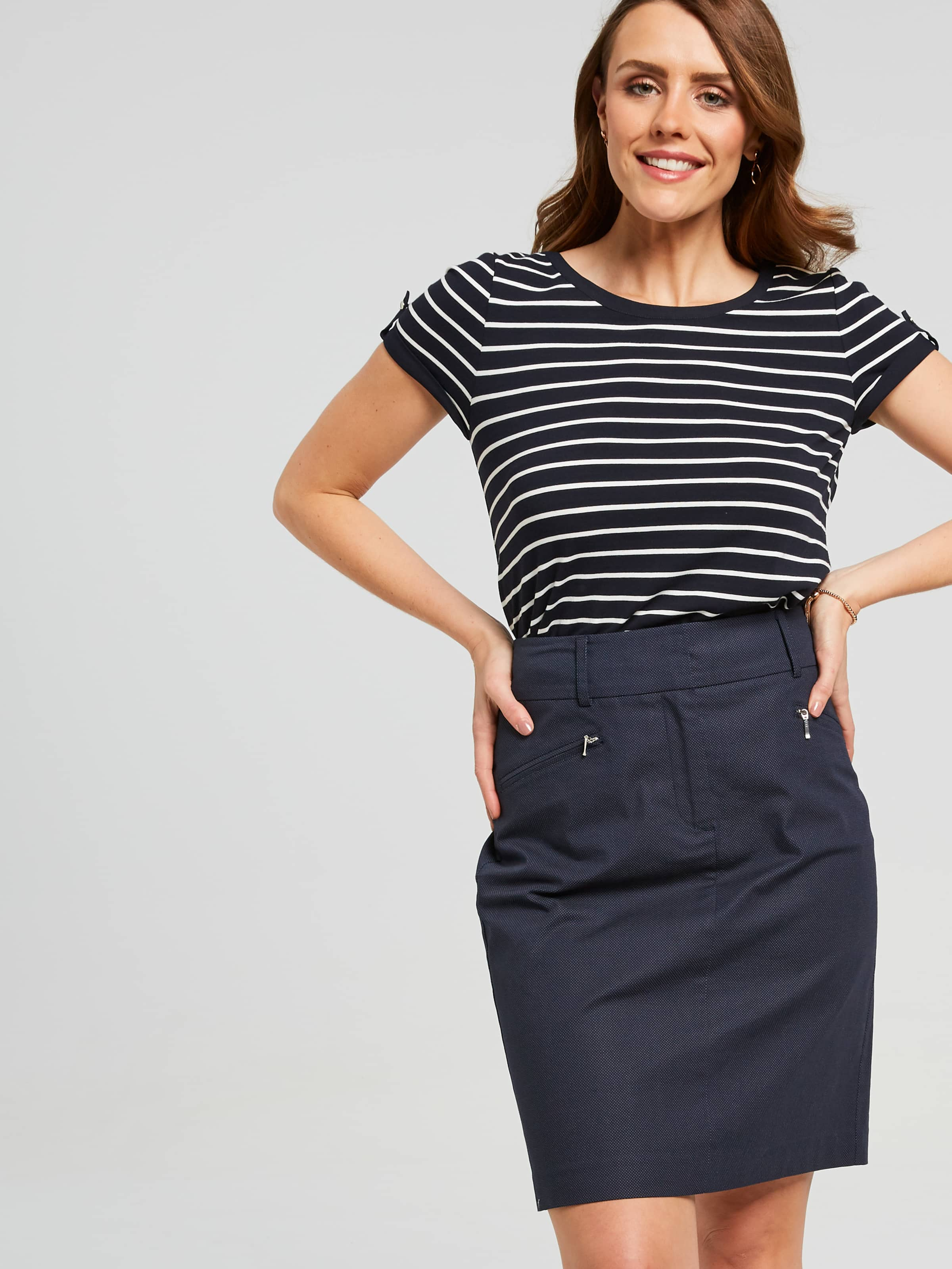 Our Oxford Golf Skirt In Allover Dobby Spot Will Finsih Off Your Casual Weekend Look. Style Back With A Casual Tee And A Cute Pair Ballerina Flats And Your Good To Go.(Navy Milk, 14)