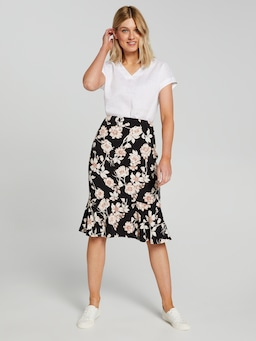 Crepe Frill Hem Pencil Skirt
