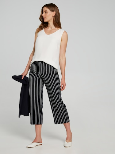 3/4 Soft Stripe Crop Pant