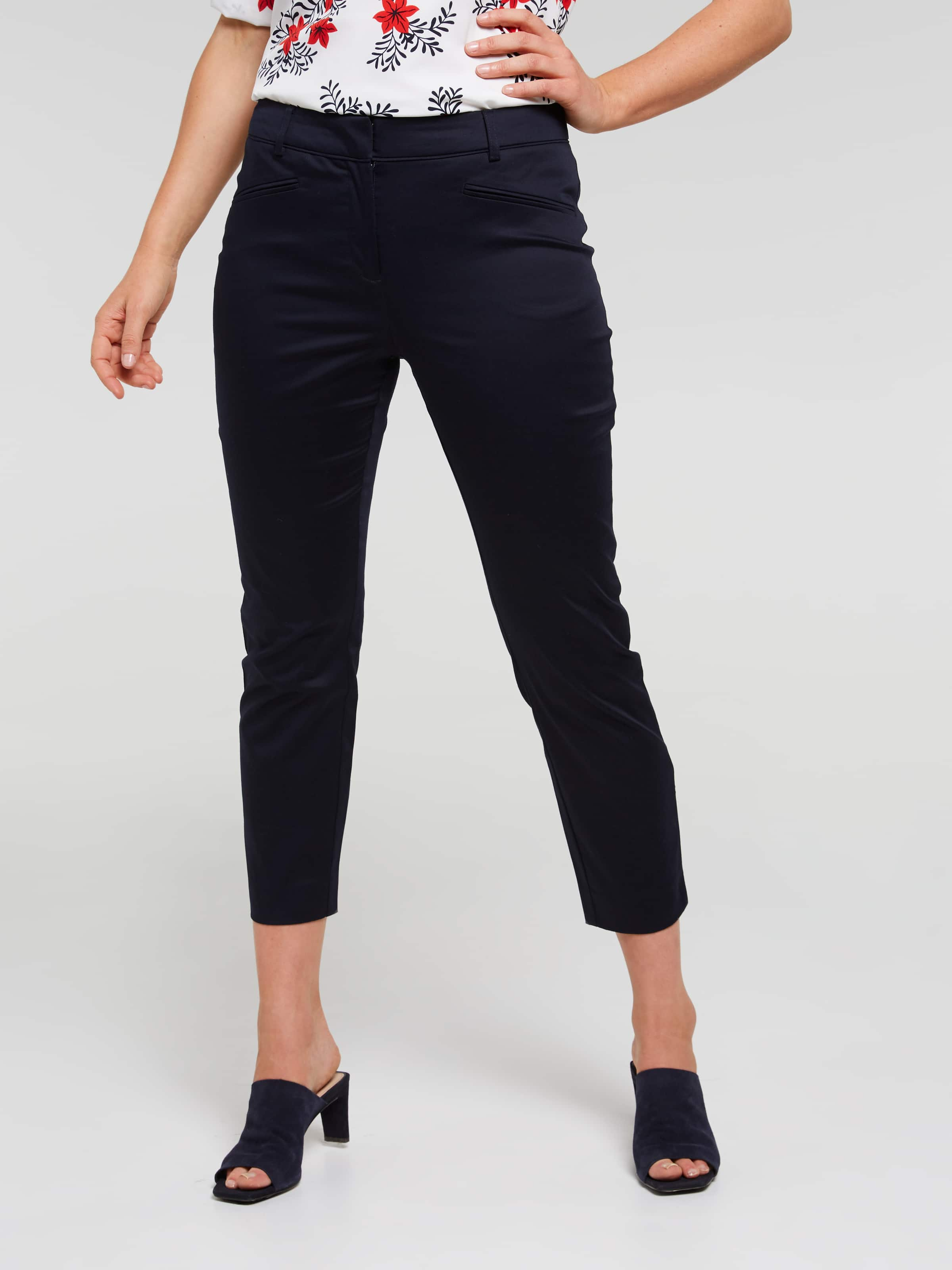 Allison Slim 7/8 Sateen Pant