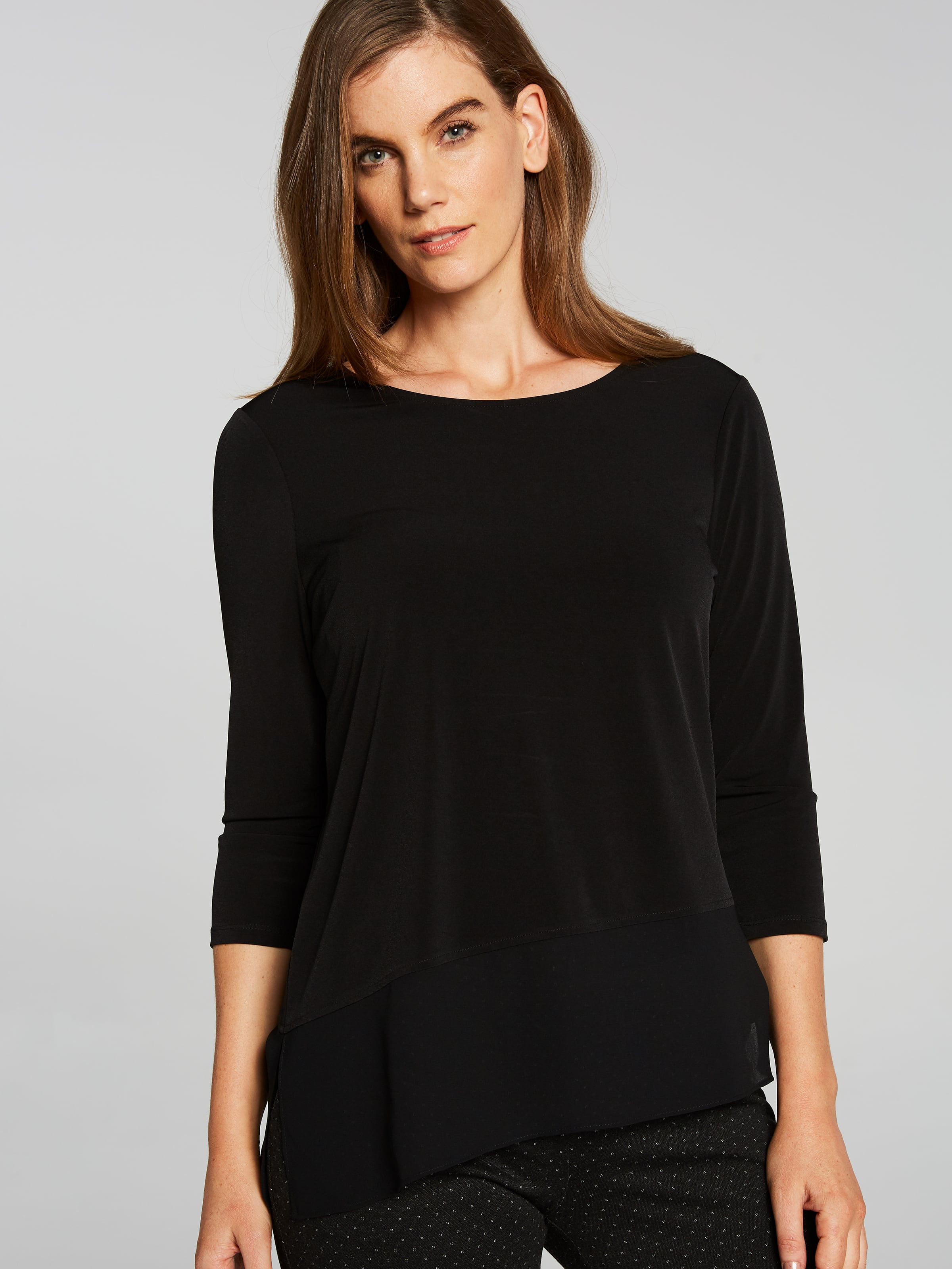 3/4 Sandy Sheer Hem Top